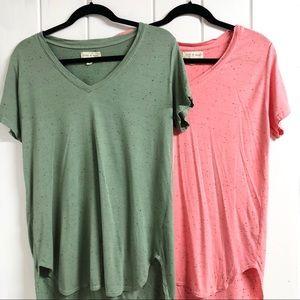 Set of 2 Cloth & Stone V Neck High- Low T- Shirts